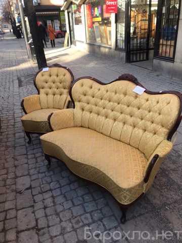 Продам: Старинный комплект мягкой мебели