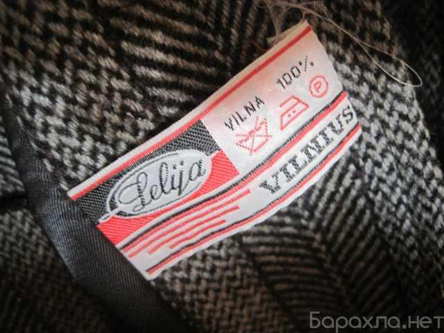 Продам: Женское пальто серое в полоску Литва