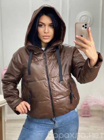 Продам: Зимняя короткая дутая куртка