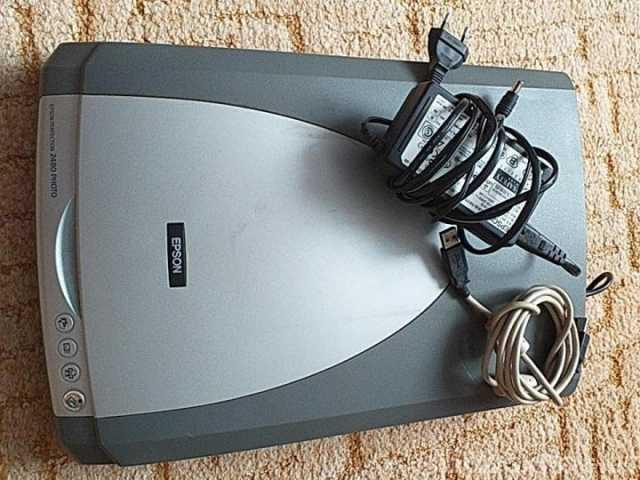 Продам: Сканер Epson Perfection 2480 Photo