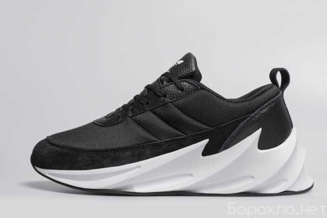 Продам: кроссовки