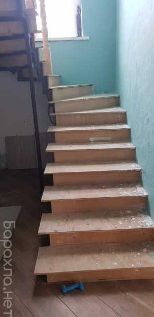 Продам: Металлокаркас для лестницы