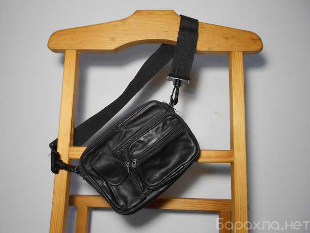 Продам: Кожаная сумка через плечо