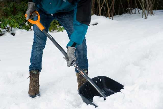Предложение: Уборка снега. /Погрузчик/ Чистка снега