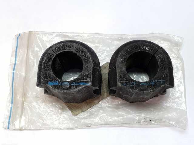 Продам: Втулка стабилизатора переднего (548133k