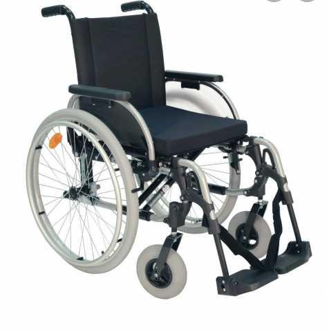 Продам: Коляска инвалидная