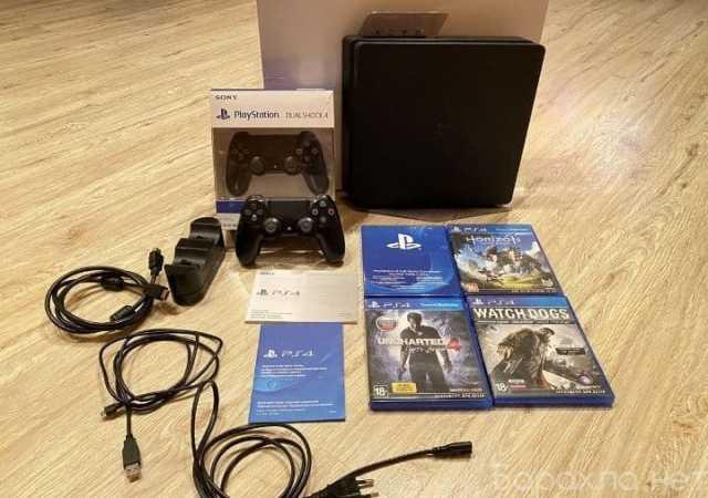 Продам: Playstation 4