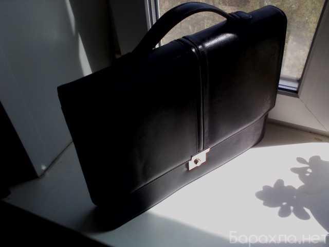 Продам: Портфель Astens Elegance