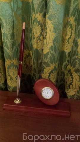 Продам: Настольный набор с ручкой и часами