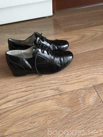 Продам: Полуботинки и туфли для девочки