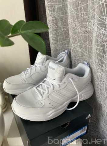Продам: Кроссовки adidas Strutter