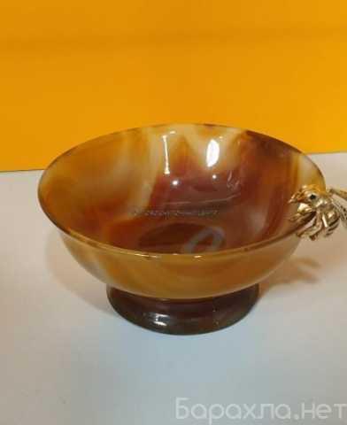 Продам: Ваза коллекционная из Агата с золотой пч