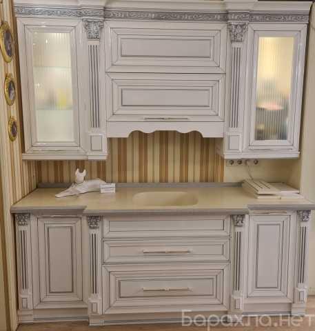 Продам: Кухня МДФ бел. гл лак с сереб. патиной