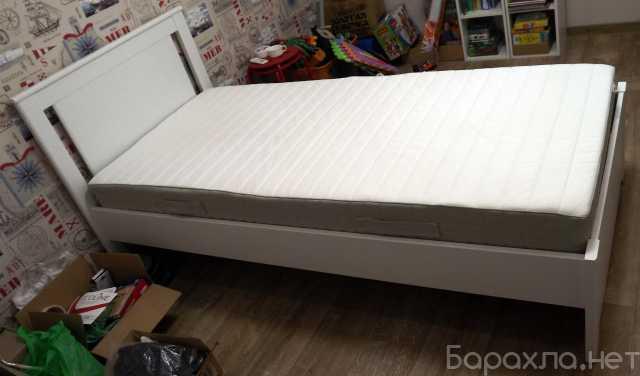Продам: Односпальная кровать 200х90 см