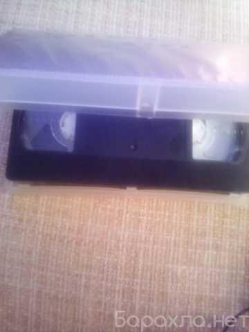 Продам: видеокассета Доспехи бога