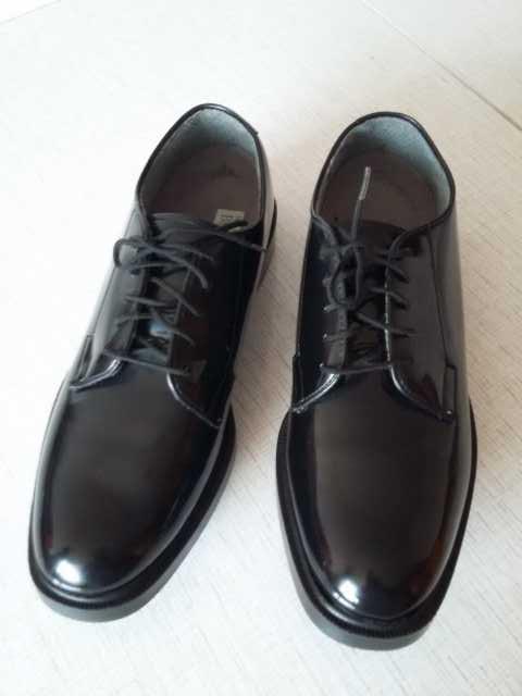 Продам: Мужские туфли Hush Puppies лаковые новые