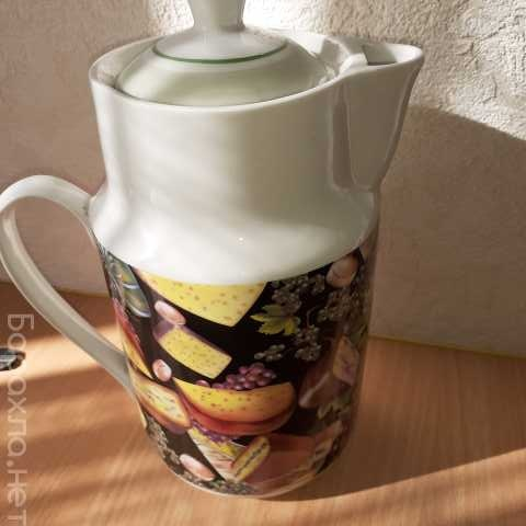 Продам: Чайник фарфоровый