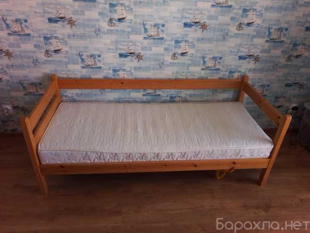 Продам: кровать с матрасом