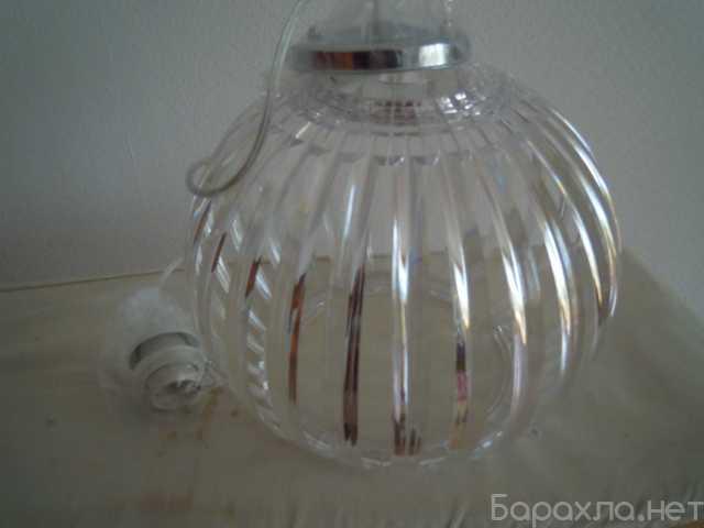 Продам: 2 новых одинаковых светильника