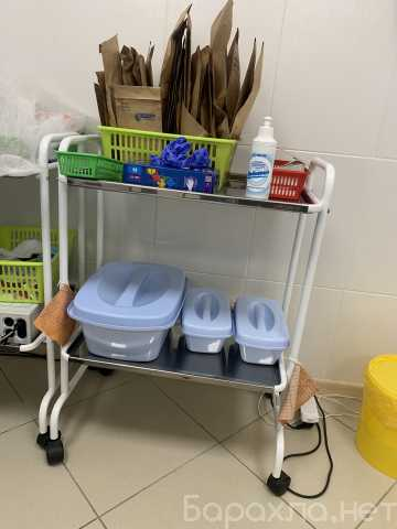 Продам: Манипуляционный стол для хранения инстр