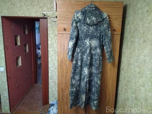 Продам: Пальто женское размер 44