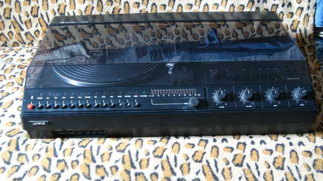 Продам: Музыкальный центр DUX TAPS 5000