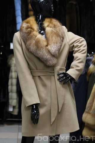 Продам: новое зимнее пальто шерсть с мехом лисы