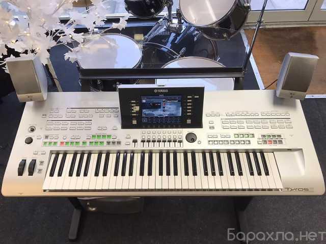Продам: Yamaha Tyros3 61-Key Arranger Workstatio