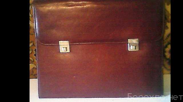 Продам: Портфель Genuine Leather.Италия