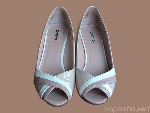 Продам: туфли женские лакированные бежевые бу