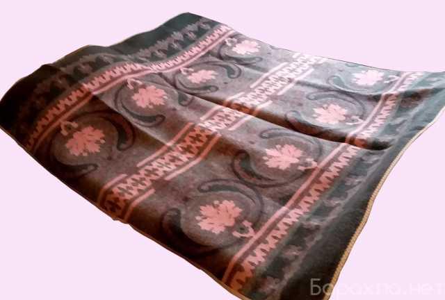 Продам: 2 шерстяных одеяла бу в отл.состоянии