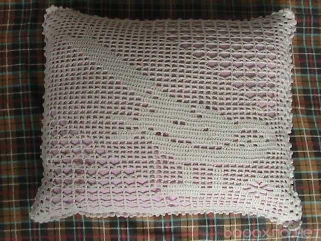Продам: наволочки для подушек,связанные из ниток