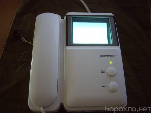 Продам: Видеодомофон Commax DPV-4MTN