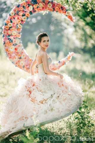 Продам: Свадебное платье (в подарок фата)