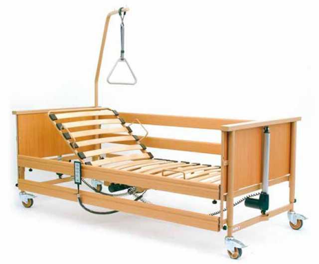 Продам: Кровать больничная стандартная с электро