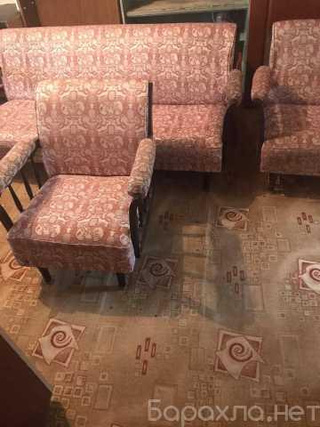 Продам: диван и 2 кресла