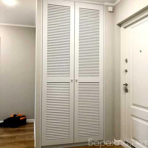 Продам: Двери жалюзийного типа