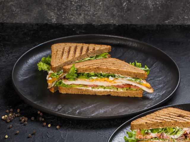 Продам: Сэндвичи (готовые замороженные)