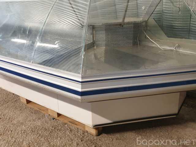 Продам: Холодильная угловая витрина