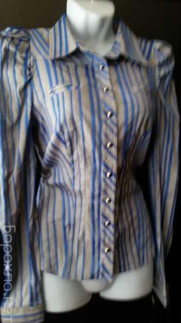 Продам: Блузка серая в синюю полоску р. 44 новая