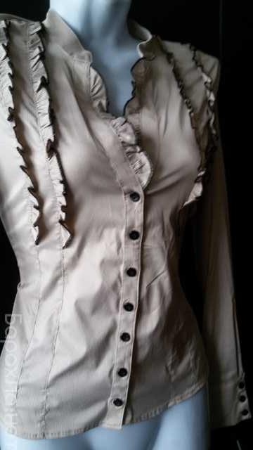 Продам: Блузка светло-бежевая в полоску р. 42-44